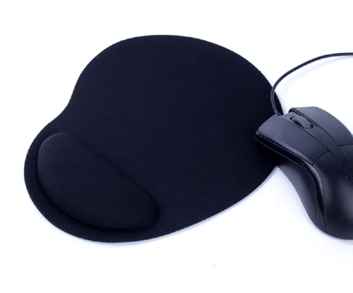 Mousepad with wrist support